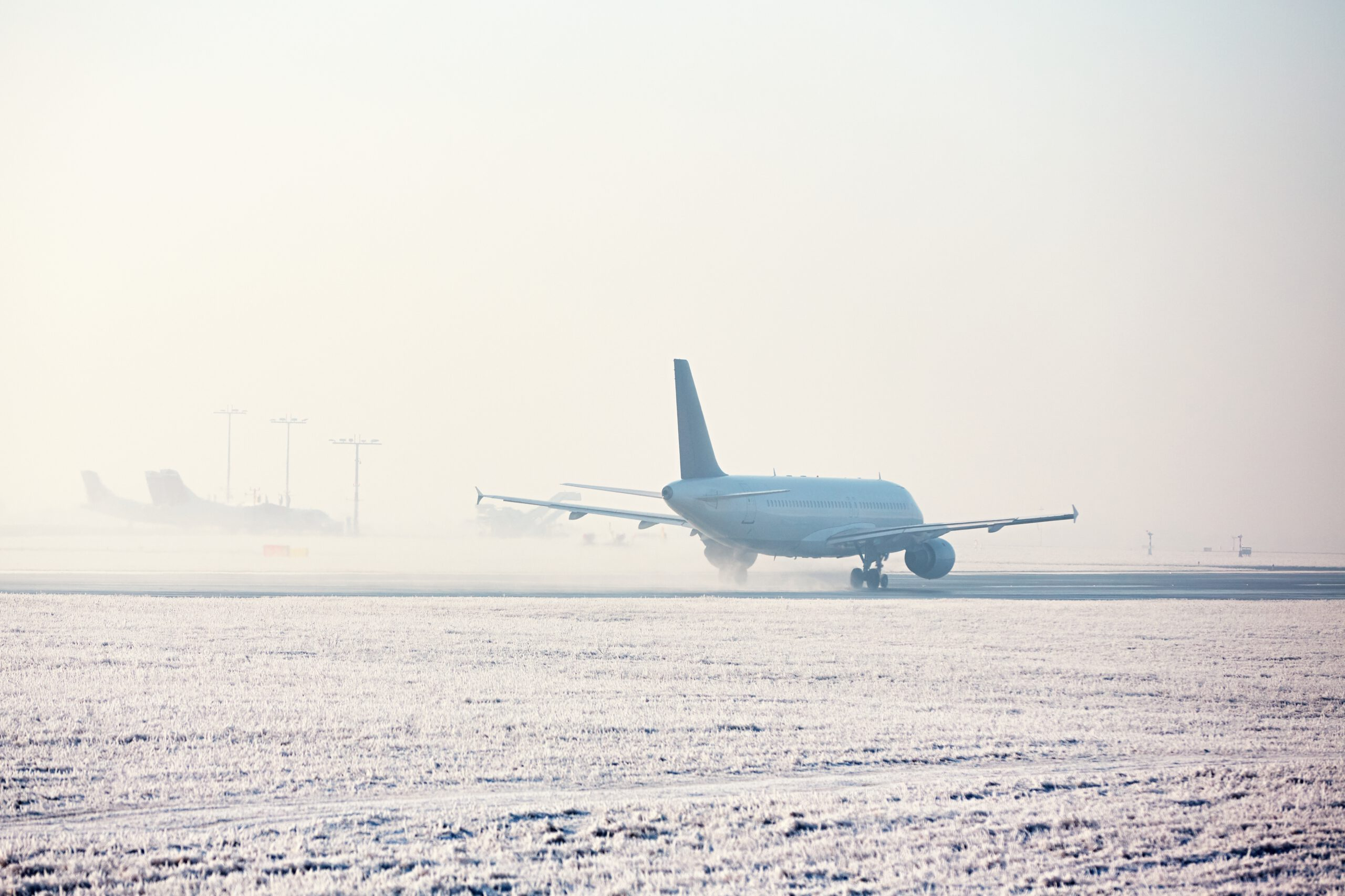 - airport in winter PFZVCZR 1 scaled - Trades and industry solutions for critical exproof fields